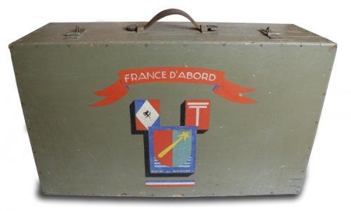 Valise en bois aux armes de la 5e DB